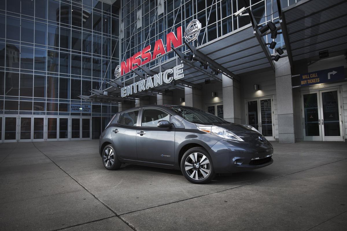 2013 Nissan Leaf Price Falls