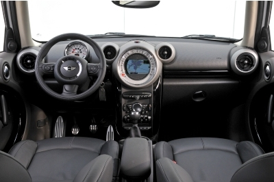 2013 Countryman interior