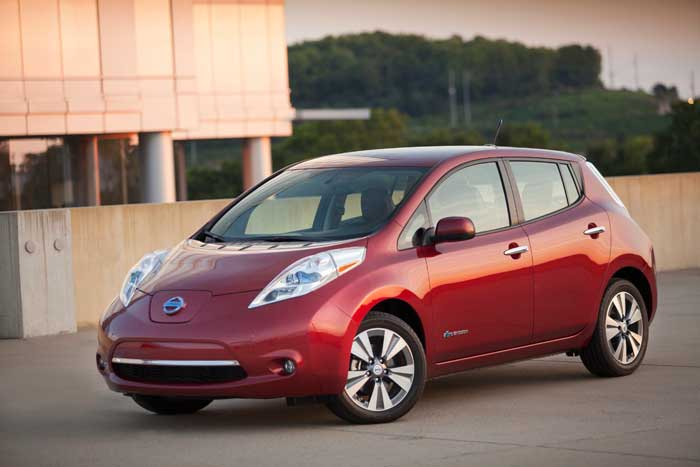 Nissan 2013 Leaf S – Boring But Good