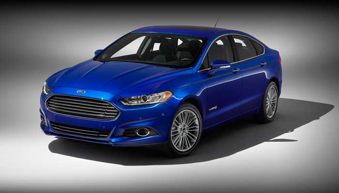 2013 Ford Fusion Hybrid Preview