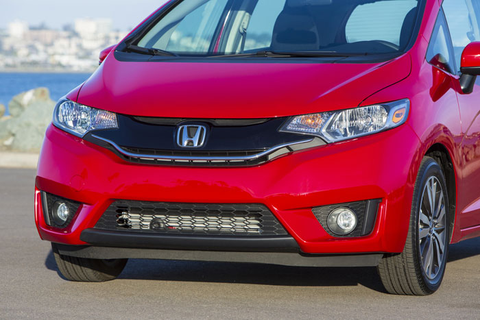 2015_Honda_Fit_frontEnd