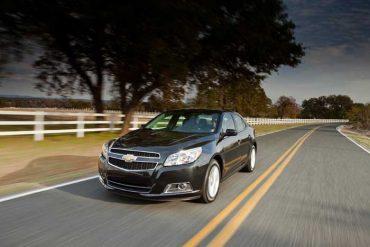 2013-Chevrolet-Malibu-Eco-700x467C.jpg